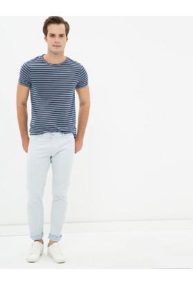 Koton Erkek Klasik Kesim Pantolon Açık Mavi