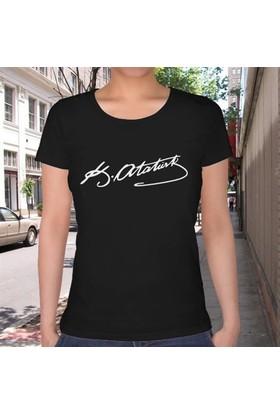 BuldumBuldum Atatürk İmzası T-Shirt - Bayan U Yaka