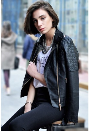 Sofistiqe Siyah Fermuarlı Ceket