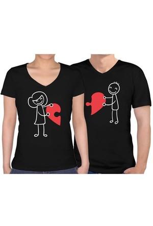BuldumBuldum Sevgili T-Shirt - Siyah V Yaka - Birleşen Kalpler