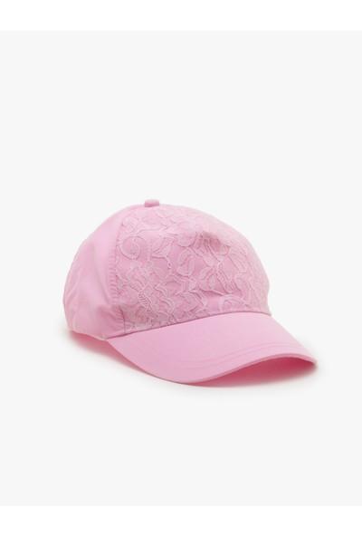 Ole Kadın Şapka Gülkurusu