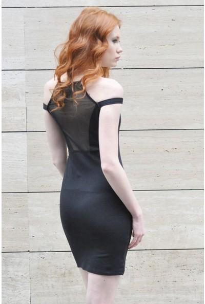 Sofistiqe Siyah Askılı Elbise