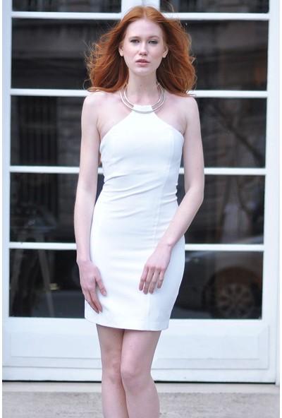 Sofistiqe Beyaz Kolyeli Elbise