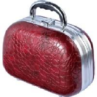 Tarko Lionesse Oval Büyük Bavul Tipi Çanta 364 - Yılan Derisi Bordo