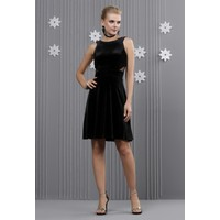 İroni Kadife Halter Yaka Şifon Detaylı Siyah Mini Elbise