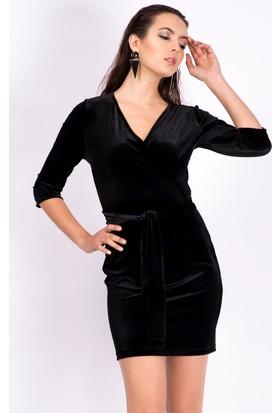 İroni Kruvaze Yaka Siyah Kadife Elbise