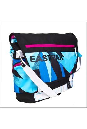 "Eastpak EK90311A Pacer Postacı Laptop Çantası 17"""