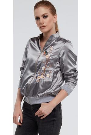 İroni Çiçek Nakışlı Gümüş Bomber Ceket