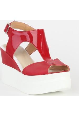 Markazen Tokalı Dolgu Topuklu Ayakkabı - Kırmızı