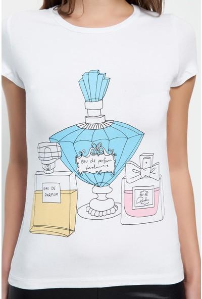 Bonalodi Parfüm Desenli Beyaz Bayan T-Shirt
