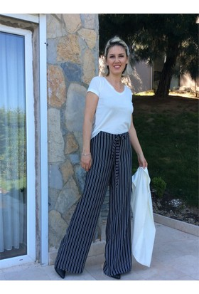 Siyah Beyaz Çizgili Bol Pantolon