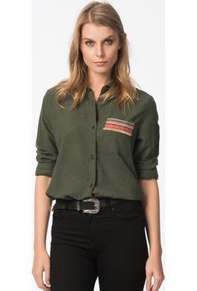 Bukle Moda Ceb Detaylı Gömlek
