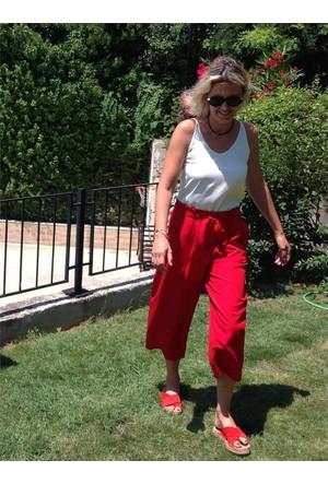 Kırmızı Bol Paça Kemerli Pantolon