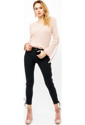 Eka Yanları Bağlamalı Yüksek Bel Likralı Jean