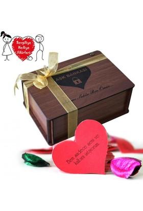 Angemiel Sevgiliye Ahşap Sandıklı Aşk Bankası 365 Güne Özel Notu Aşk Çeki Ve Aşkprin Hediyesi İle