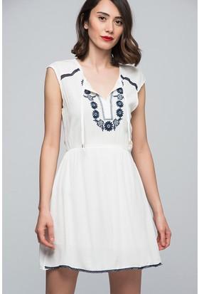 Womenice Nakışlı Krinkıl Elbise