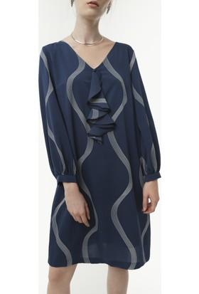 Yargıcı A Form Yaka Detaylı Elbise