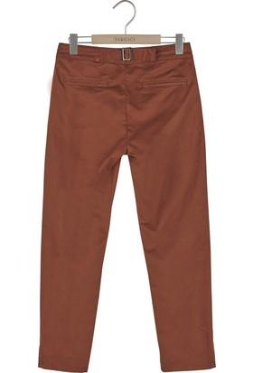 Yargıcı Yırtmaç Detaylı Pantolon