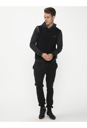 Xint Kapüşonlu Siyah Sweatshirt