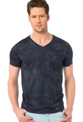 LC Waikiki Erkek Desenli V Yaka T-Shirt