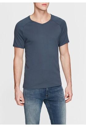 Mavi V Yaka Lacivert Basic T-Shirt