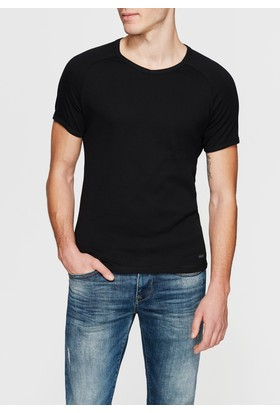 Mavi V Yaka Siyah Basic T-Shirt