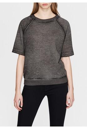 Mavi Kısa Kollu Siyah Sweatshirt
