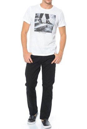 Levis Erkek Jean Pantolon 504 Regular Straight Fit 29990-0140