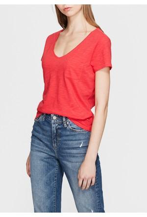 Mavi V Yaka Kırmızı Basic T-Shirt