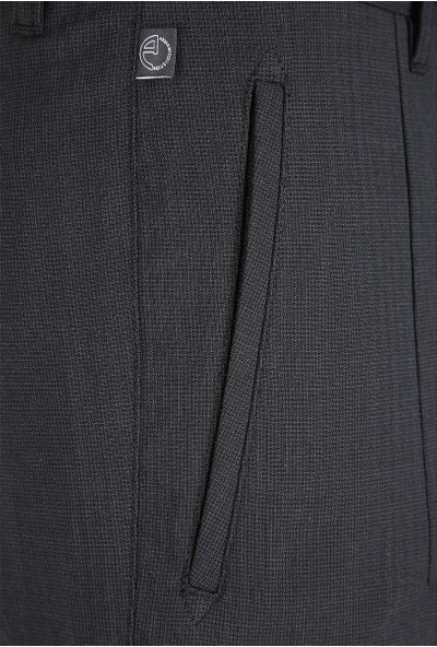Armani Collezioni Erkek Pantolon Vcp64Svcs50