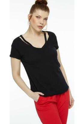 Fullamoda Yaka Detaylı Tshirt