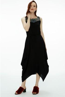 Fullamoda Nakışlı Elbise