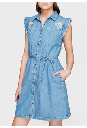 Mavi Kadın Aya Çiçek Nakışlı Jean Elbise