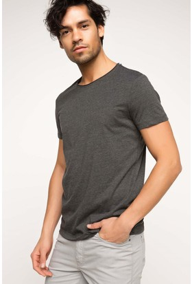 Defacto Erkek Ekstra Slim Fit Basic T-Shirt