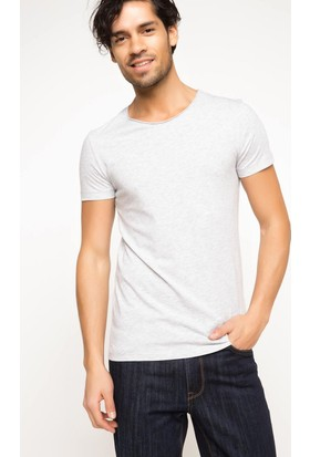 Defacto Erkek Ekstra Slim Fit Basic T-Shirt