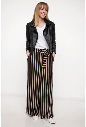 Defacto Kadın Kuşak Detaylı Çizgili Pantolon