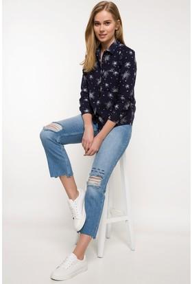 Defacto Kadın Nakış İşlemeli Denim Pantolon