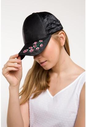 Defacto Kadın Nakış Detaylı Trend Şapka