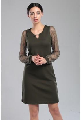 Sosyete Pazarda Kadın Elbise Trz