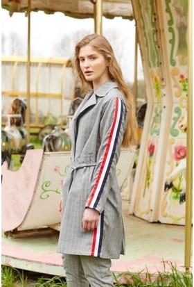 Eka Ekose Kolları Şeritli Oversize Ceket
