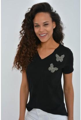 Rodin Hills Kadın Siyah Tek Cep Kelebek Taşlı Tshirt 201138