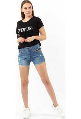 ZDN Jeans Kadın Love Şeritli Orta Mavi Denim Şort W1104