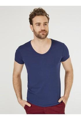 Xint Mcl Derin V Yaka Basic Tişört