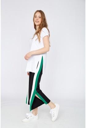 Eka Yanı Şerit Yırtmaçlı Bol Paça Pantolon