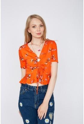 Eka V Yaka Önü Büzğülü Çiçek desenli Bluz
