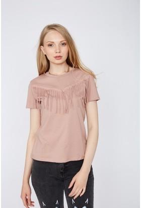 Eka Önü Püskülü T-Shirt