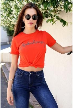 Eka Önü Baskılı T-Shirt