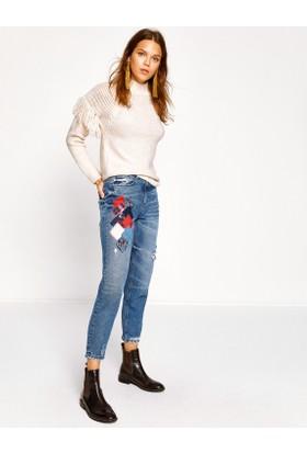 Koton Kadın Fahriye Evcen For Jeans Pantolon