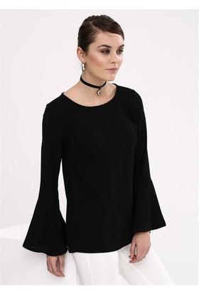 Lafaba Kolları Volanlı Siyah Bluz
