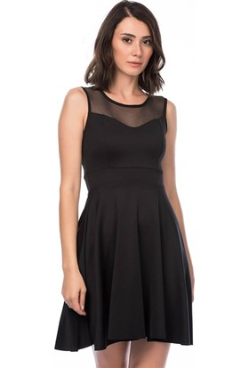Lafaba Üstü Tül Detaylı Siyah Elbise